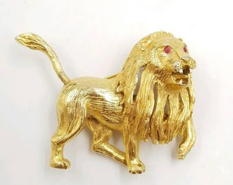 Vintage Big Gold Tone Lion Brooch with Flowing Mane and Red Rhinestone Eyes, 1980's Lion Pin, Roaring Lion Statement Brooch