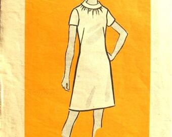 Anne Adams Mod Dress Size 15 Bust 37