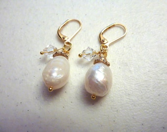 Gold Antique White Ivory Freshwater Pearls Earrings