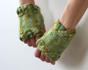 Ready to Ship: Short Cabled Gauntlets - Fingerless Gloves - Hand Knit Gloves - Merino Gloves - Cable Gloves - Hand Warmers - Wool Mittens