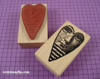 Peering Heart Stamp / Invoke Arts Collage Rubber Stamps