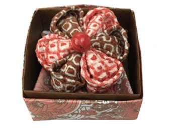 Mum's Gift, Kanzashi flower brooch, brown and red, vintage silk kimono, shibori fabric, origami box, Japanese Floral Brooch, Mum's Day Find