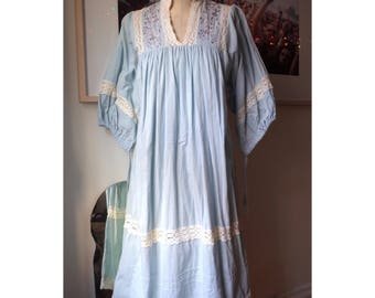 Vintage 1970s Embroidered Peasant Dress Nightgown Bell Sleeves