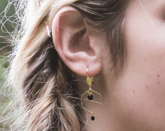 Dainty earrings black and gold, hexagon earrings, geometric earrings, minimalist earrings, black earrings, contemporary earrings
