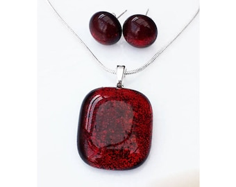 Dark red jewellery set, pendant and earrings in red and black dichroic glass with silver findings