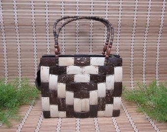 Hawaiian Coconut Shell Purse Handbag Brown Beige Zipper Closure Zig Zag Pattern Stitched Folds Flat Handmade Vintage FREE SHIPPING (804)