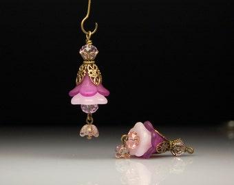Vintage Style Bead Dangles Purple Lucite Flowers Pair PR106
