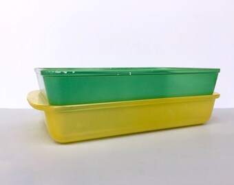 Agee/Crown Pyrex 'Buttercup' and 'Green' #UD212 utility dishes (c. 1950s)