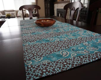 Quilted Table Runner, Patchwork table runner, Beautiful table runner