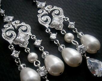 Boucles d'oreilles Chandelier mariée boucles d'oreilles en zircon cubique avec boucles d'oreilles perle de cristal de Swarovski blanc vente