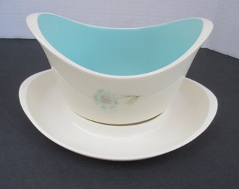 Taylor Smith Taylor Boutonniere Pattern - Gravy Boat and Underplate - Ever Yours Shape - Mid Century Aqua and Pink