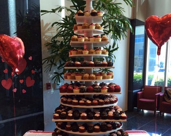 Giant 13 Tier Custom Made Cupcake Stand.  Holds 600 plus Cupcakes.. Close to 5 feet tall!