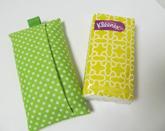 Tissue Case/White Dots On Green