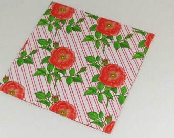 Vintage Gift Wrap - Roses