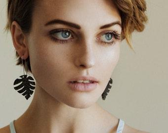 Monnie Drops - Night Life - Laser Cut Drops Earrings - Dark Gold Glitter Monsteria Leaf Earrings