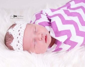 Crochet baby crown, baby girl crown, Christening gift, newborn photprop, newborn princess crown, new baby gift, baby shower gift, baby gift