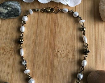 Pearl and Antique Gold Anklet