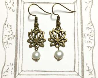 Peaceful Lotus Antique Brass Earrings, Fresh Water Pearl Earrings, Lotus Earrings, Zen theme, Flower Earrings, Gift for Mom, Christmas Gift