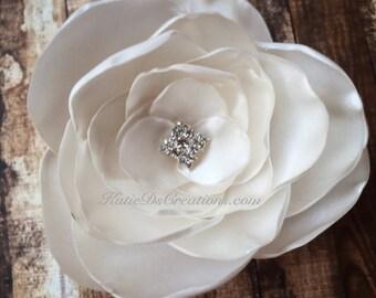 Ivory Satin Hair Flower / Ivory Flower Broach / Flower Facinator / Bridal Hair Comb / Bridal Hair Flower