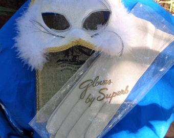 Vintage Womens Superb Leather elegant Gloves, color Taupe