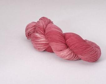 handdyed sockyarn superwash - wool/nylon mixture - fingering weight - colour s 202