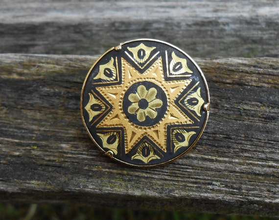 Vintage Damascene Star Pin, Made In Spain. 1960s Vintage. Brooch, Gift For Mom, Anniversary, Mother of the Bride, Birthday.