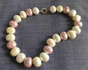 Pink pearl shell beads choker necklace