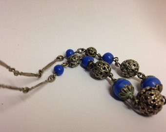 Vintage 1930s silver art deco filligree ball and blue bead necklace - czech style