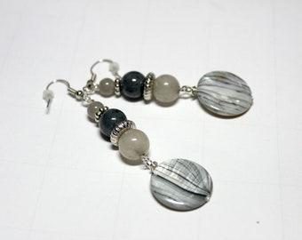 Gray Quartz Shell Coin Dangle Earring,Gray Coin Silver Dangle Earring,Gray Quartz Dangle Earring,Mother Pearl Shell Coin Silver Drop Earring
