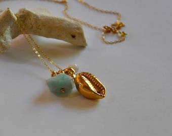 Necklace and precious stone amazonite and cowries fine gold plated