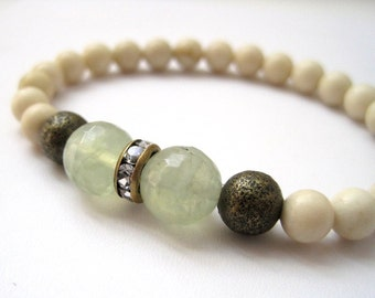Prehnite & Fossil Stone Bracelet / Mint and Ivory Stacking Bracelet / Stacking Stretch Bracelet / Antique Brass / Crystals / Beadwork
