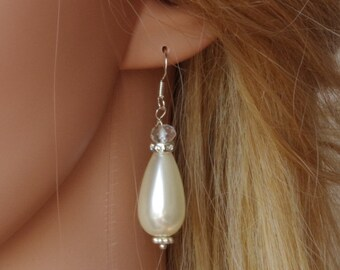 White Pearl Earrings Bridal Simple Earrings Crystal Bridesmaid Earrings Cream Pearl Earrings Bridal Pearl Earrings Bridesmaid Gift Christmas