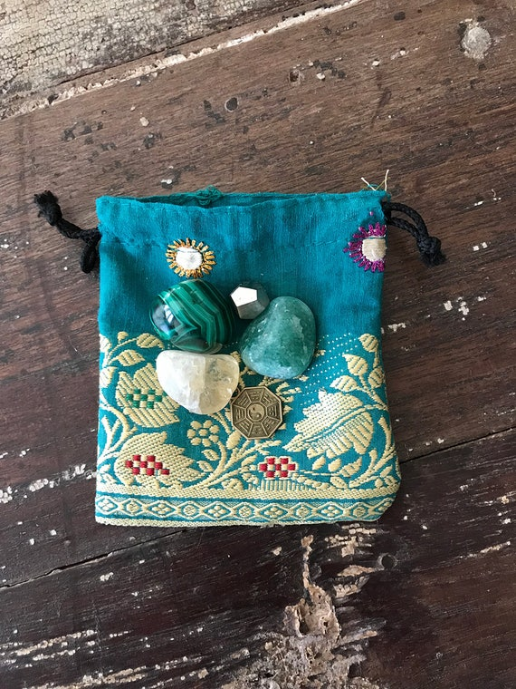 Abundance & Prosperity Medicine Bundle, Blessing Pocket Altar, Blessing bundle, Blessing Pouch, Abundance Pocket Pouch