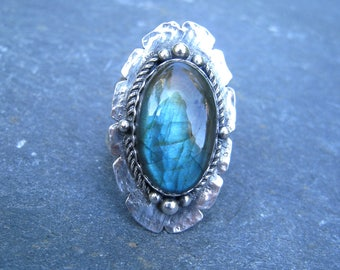 Labradorite Ring in Sterling Silver Split Shank with Twisted Rope and Granulation - oxidized silver bold statement ring gypsy boho blue 9.5