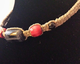 Hemp choker/necklace with black and red beads