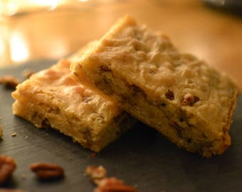 12 White chocolate and Pecan Blondies, the perfect gift.