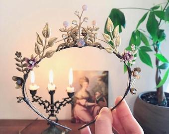 Gold leaf bridal crown, Opal bridal headpiece, Laurel leaf tiara, Wild rose wedding crown, Grecian goddess headband, Vintage wedding tiara