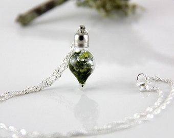 Vial Necklace -Terrarium  Necklace - Dainty Necklace - Woodland - Moss Necklace - Tiny Necklace - Green Necklace