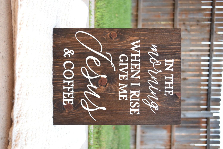 Am Morgen wenn ich melde mich mir Jesus und Kaffee Kaffee