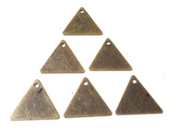 14 mm 50 pcs Antique Brass Triangle necklace Findings