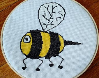 Bee Cross stitch pattern / cartoon bumble bee / counted cross stitch chart /cross stitch pattern PDF / instant download