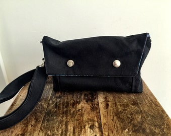 Large Convertible Hip Pouch - Waxed Canvas in Black - Printed Lining