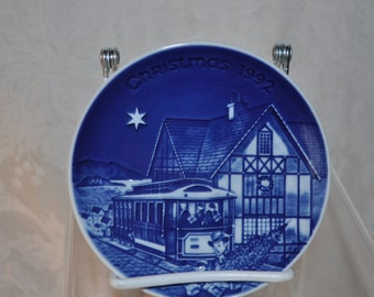 Christmas in America Plate Collection