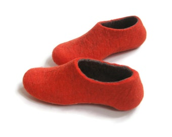 Felted Red Slippers - Wool Shoes - Color Blocking, Minimalist Shoes, House Shoes, Christmas Gifts,  Mix and Match,  Rubber Soles - 100% Wool