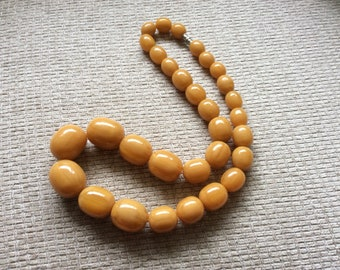 Stunning Vintage Butterscotch Faux Amber Chunky Graduated Bead Necklace -26inch