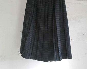 Vintage 70 pleated Black Skirt