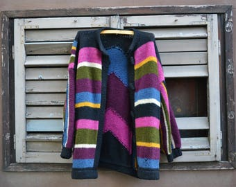 Winter Time - Huge Colorful VNTG 80s Wool Sweater