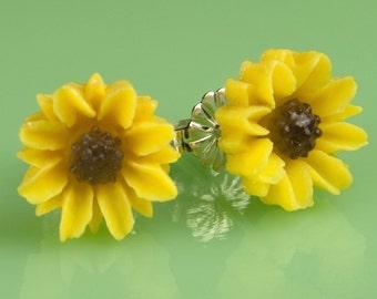 Vintage  Sunflower Button Post Earrings