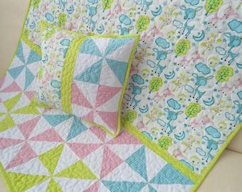 Patchwork quilt, baby quilt + pillow
