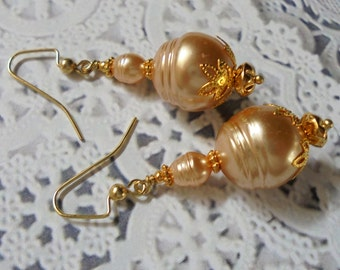 Peach and Gold Pearl Earrings (3297)